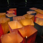 Floating-of-Paper-Lanterns-on-the-Motoyasu-River-in-Hiroshima4