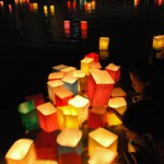 Floating-of-Paper-Lanterns-on-the-Motoyasu-River-in-Hiroshima7