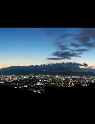 Panoramic-View-of-Kyoto-from-Shogunzuka-Mound