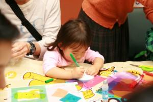 1歳児でもその眼差しは真剣@江戸東京たてもの園