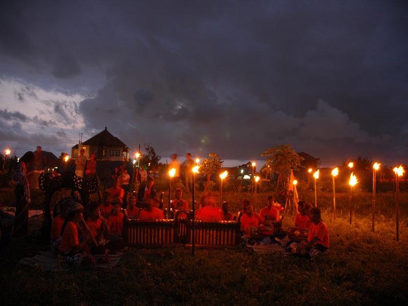 ライトアップ忍者@Bali