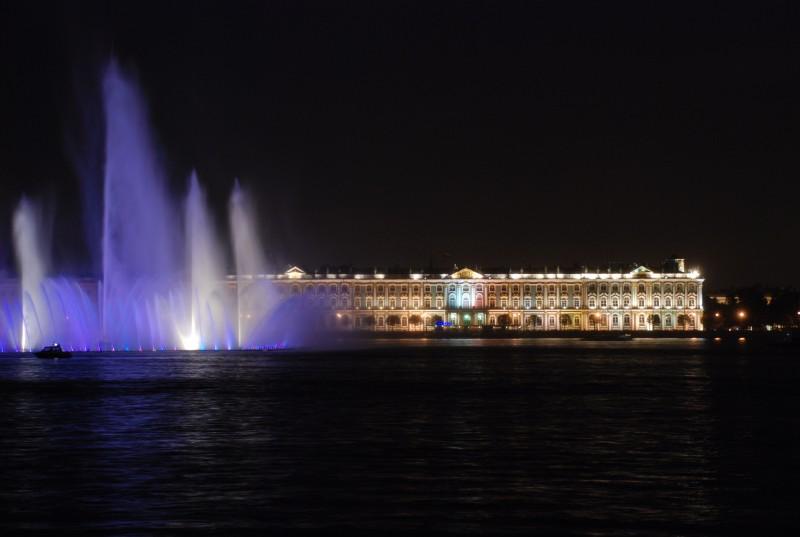 Fountain lighting in St. Petersburg