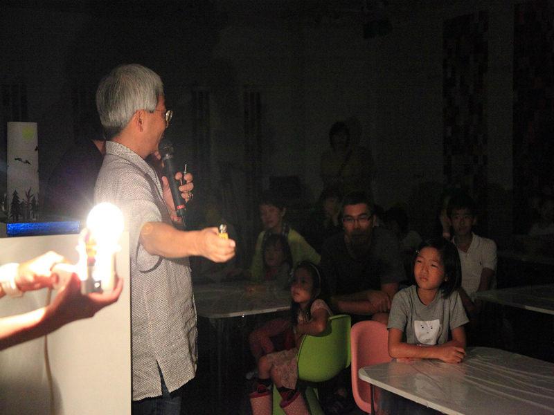 こどもワークショップ:「あかりワークショップ」Xue Xue Institute, in 台北