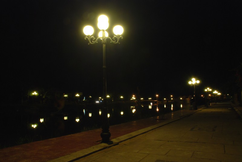 Lighting along Song Hoi An River