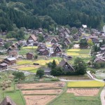 Traditional-Japanese-homes-in-mountains-of-Goka-Toyama3