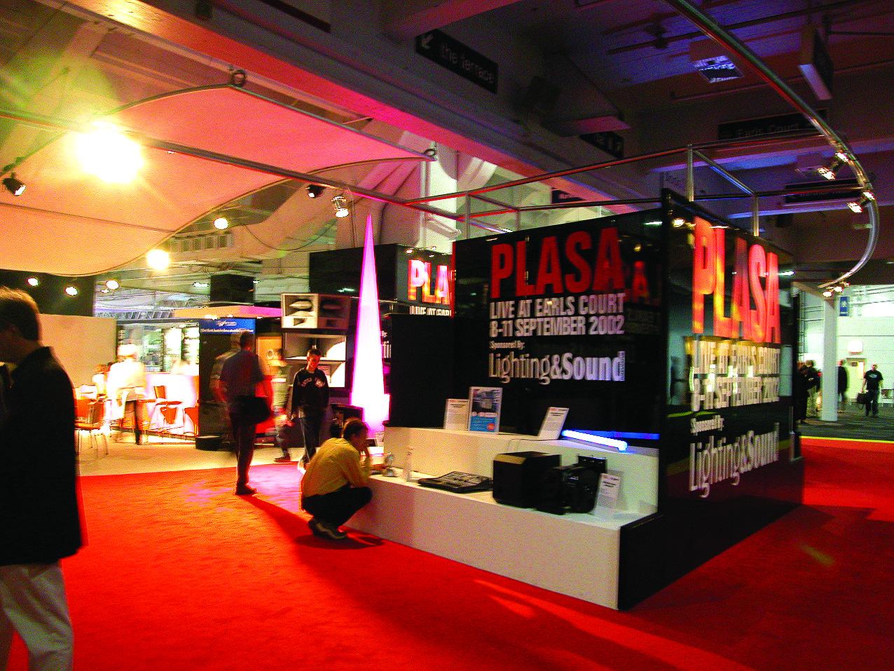 13.PLASA2002アワードの展示エリア