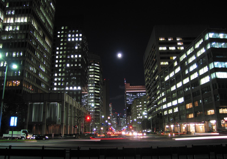 街歩き2005:皇居周辺 東京に残された巨大な闇