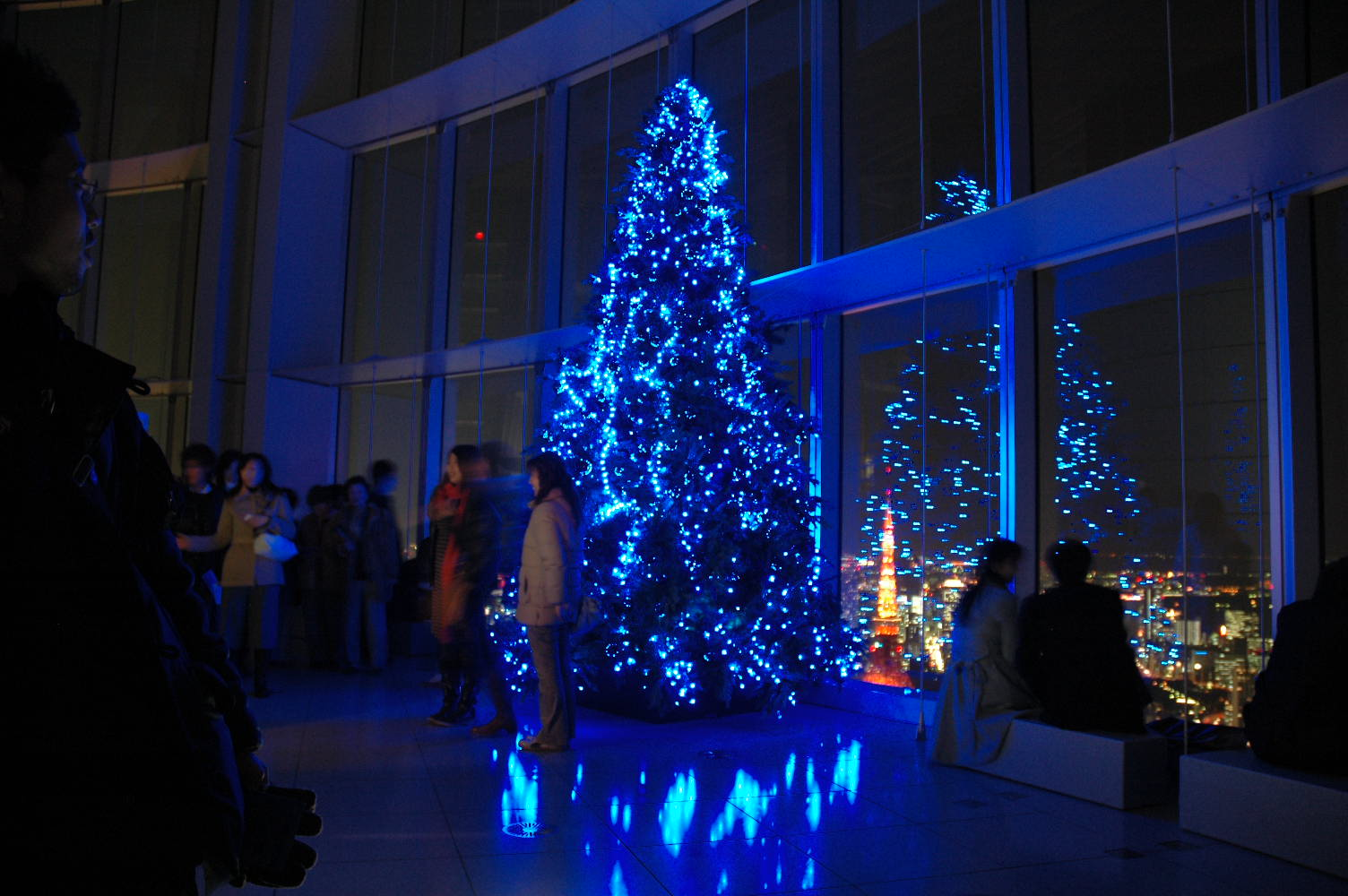 Comparison of Tokyo Midtown and Roppongi Hills Christmas Illuminations