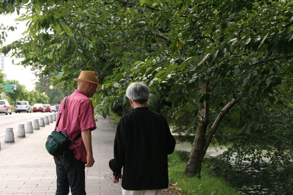 弘前街歩き 「開城400年、城下町のあかり」