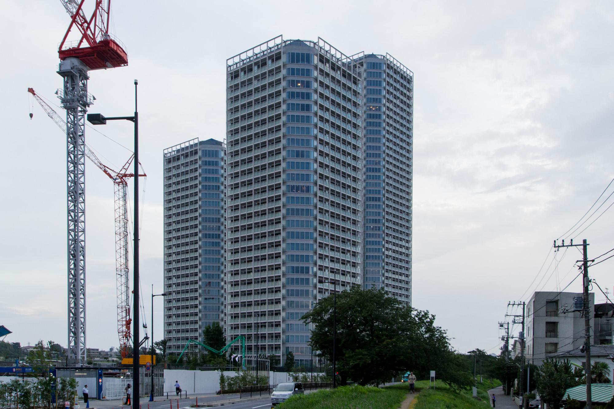 Futagotamagawa - cityscape(二子玉川 - 都市の様子)