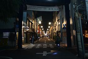閉店後の銀六会商店街2