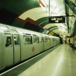 001_00110002_UK_London_LondonSubway_199202