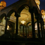 Jame'Asr Hassanil Bolkiah Mosque_Facade_Night_03_mini