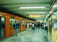 025_00130008_MEX_MexicoCity_Subway_19940207