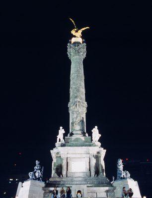025_00150009_MEX_MexicoCity_IndependentMonument_19940205