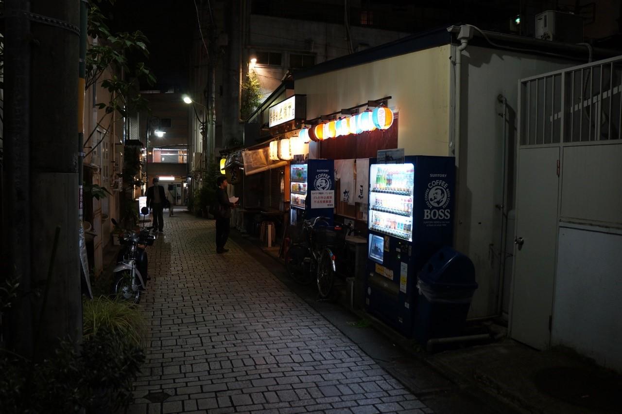 写真8脇道(横丁)