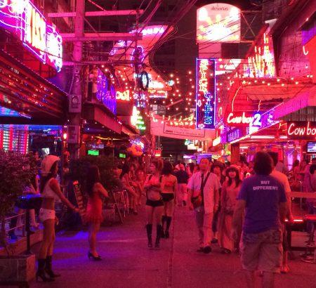 タイ、バンコク、ソイカウボーイストリート