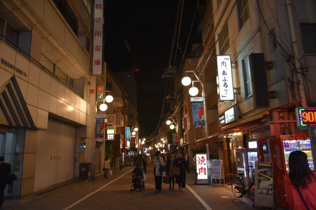3.平和通りの街路灯